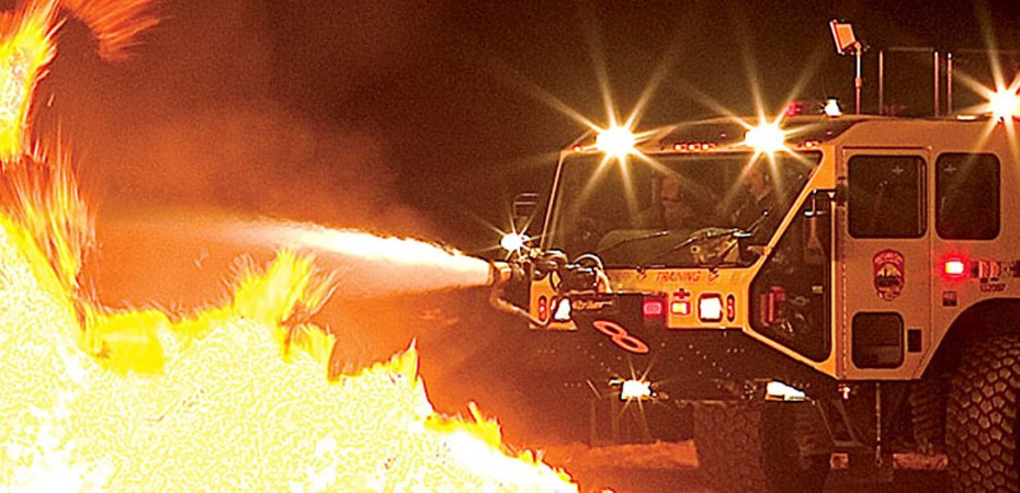 Airport Firefighting Night Training